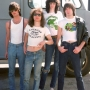 universo-t-shirt_miteeca_b2_the-ramones_1976